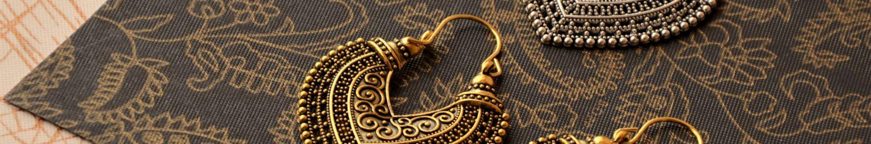 metal leafs chandbali earrings
