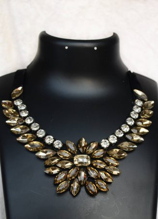 Classy Crystal Necklace 3 (1)