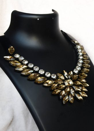 Classy Crystal Necklace 3 (2)