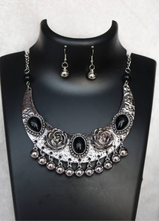 Silver Bohemian Necklace (1)