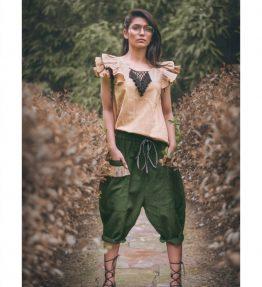 Khadi Military Green Casual Calf Length Bulgy Pants And Beige Top Set (1)