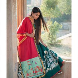Traditional motif embroidered panel linen festive dupatta-1200x1500