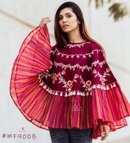 Deep Wine Mono Tone Lining Frill Poncho With 3D Flowers_poncho19 (1)