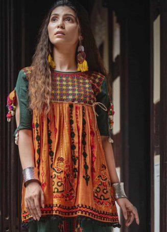 Deep green and orange rajathani dhingli couple embroidered kedia and tulip pants set2-1200x1500