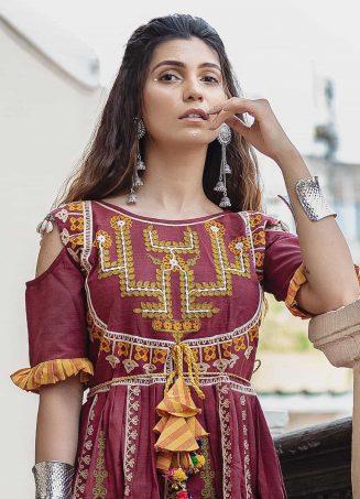 Deep wine folk motif maharani yoke kedia with stripie tulip pants set1-1200x1500