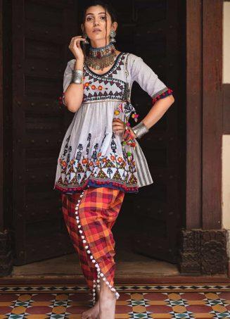 Pure white angarkha yoke and dhingli embroidered kedia and checx tylip pants set-1200x1500